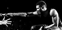 Usher Thumb (2014)